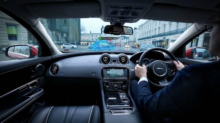 Jaguar 360 Virtual Urban Windscreen