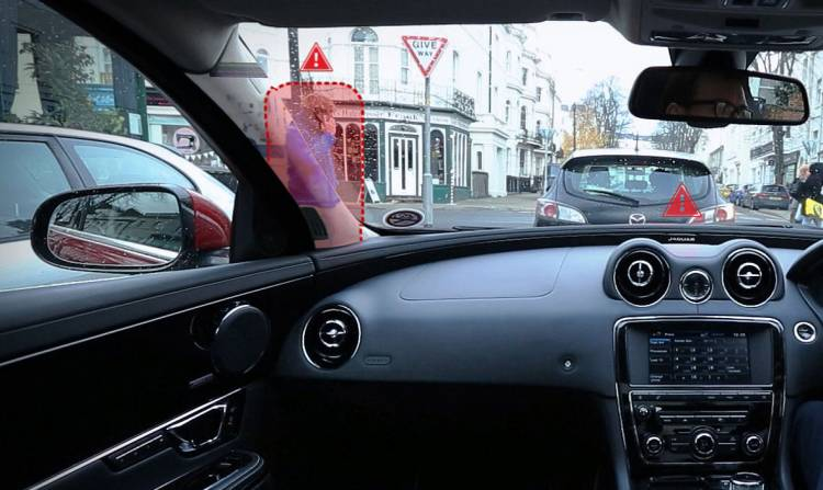jaguar-360-virtual-urban-windscreen-04