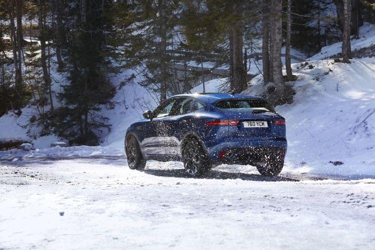 Jaguar E Pace 2021 1020 010