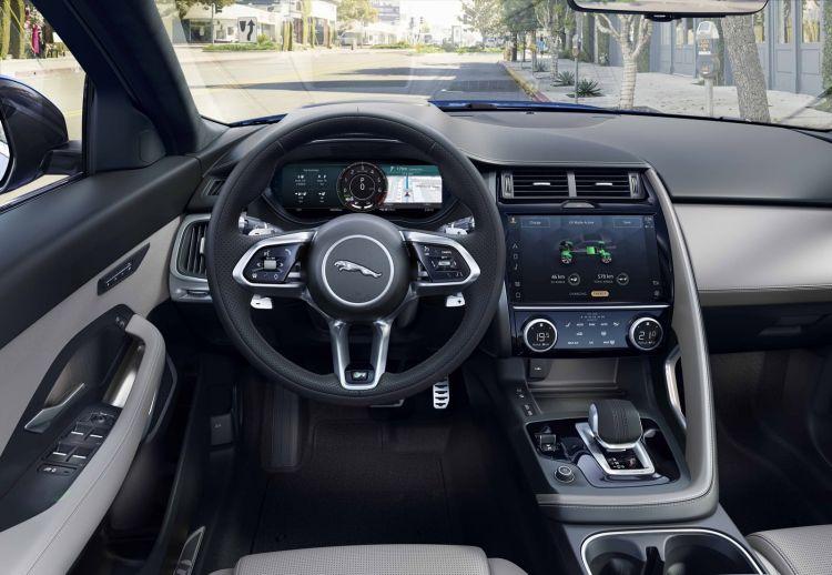 Jaguar E Pace 2021 1020 041