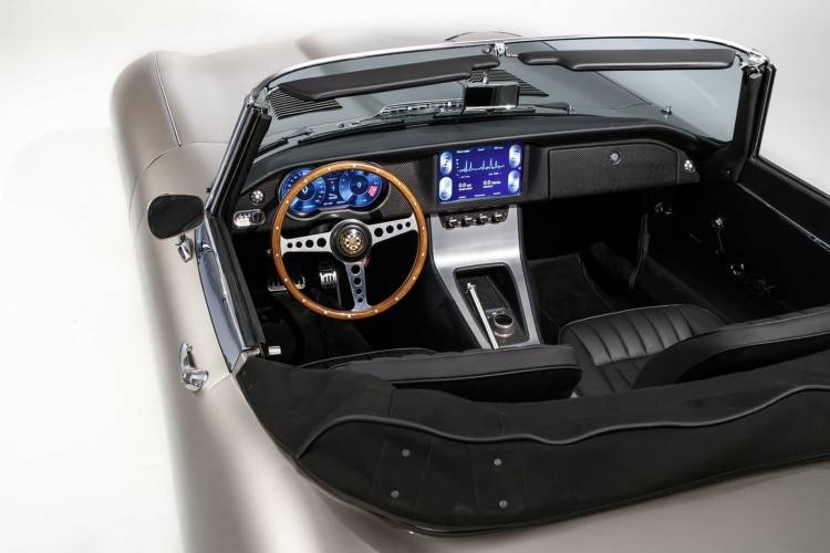 Jaguar E Type Zero Electric 0818 021