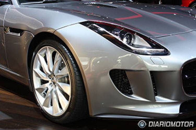 Jaguar F-TYPE en el Salón de París
