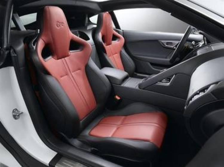 Jaguar F-Type Coupé a fondo. Dinámicamente superdotado, con versión R de 550 CV