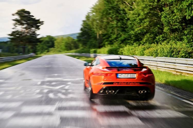 jaguar-ftype-svr-nurburgring-04