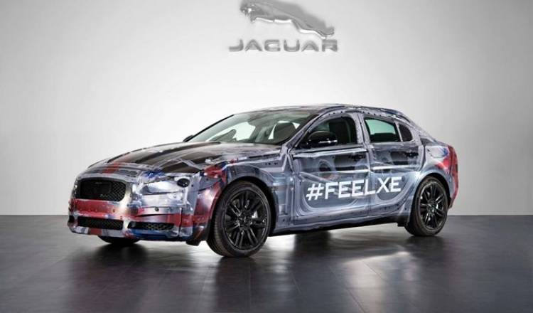 Jaguar XE: el nuevo sistema multimedia InControl nos permitirá arrancar el coche desde el móvil