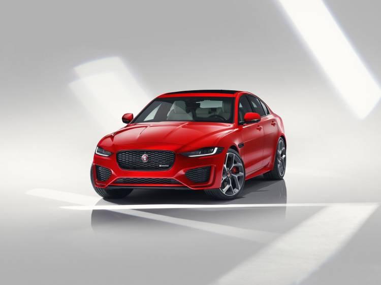 Jaguar Xe 2019 1