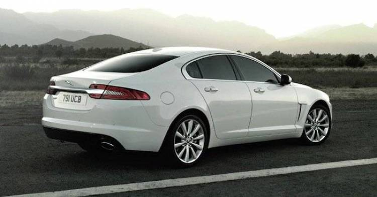 El Jaguar XS podría dejarse ver ya en el próximo Salón de París