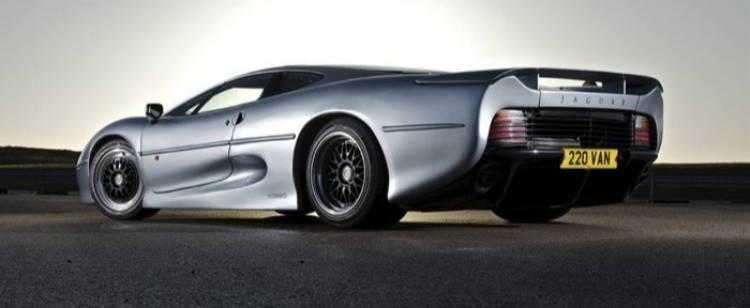 jaguar-xj220-20-04-700px