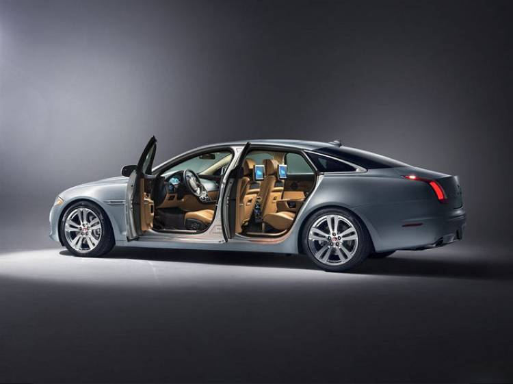 Jaguar prepara ya a los próximos XF y XJ, así como un nuevo bloque de 4 cilindros