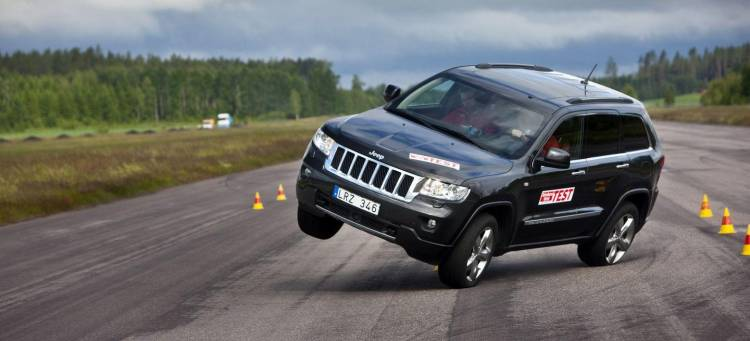 jeep-cherokee-accidente