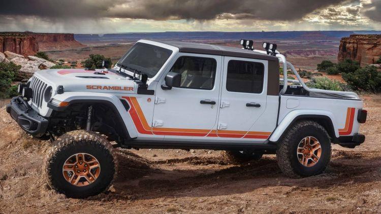 Jeep Gladiator Concept Scrambler 0419 014