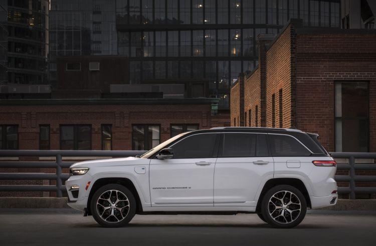 Jeep Grand Cherokee 2022 0921 042