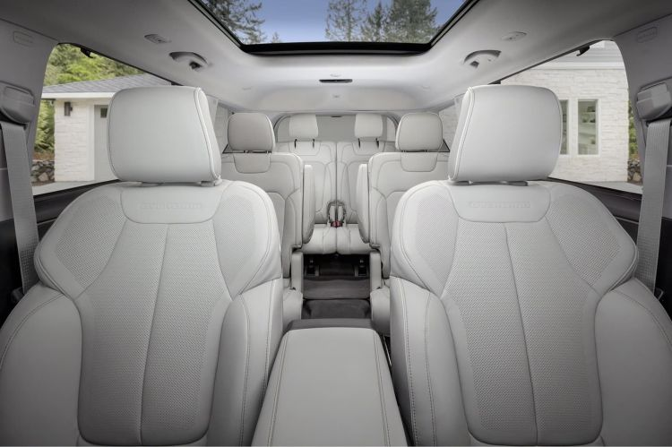 Jeep Grand Cherokee L 2021 0121 057
