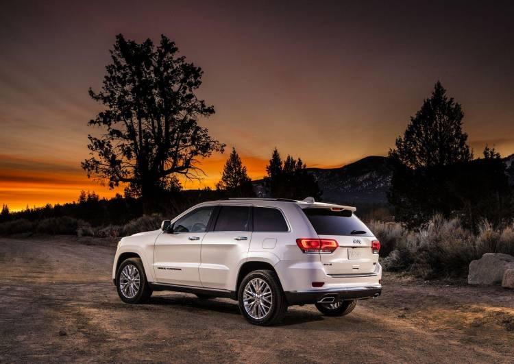 jeep-grand-cherokee-summit-4