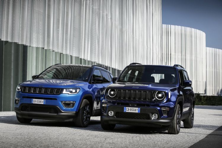 Jeep Renegade Compass 4xe 01