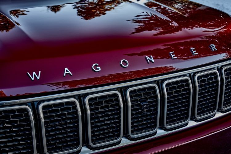 All New 2022 Wagoneer Features The Legendary Seven Slot Grille H