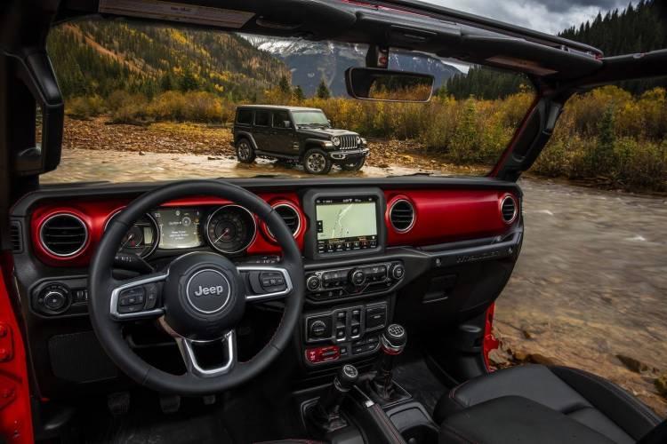 jeep-wrangler-2018-interior
