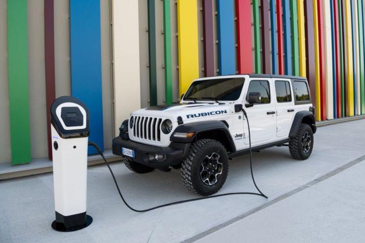 Jeep Wrangler 4xe No Resizing 07