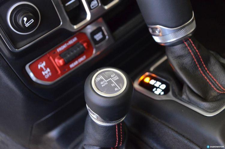 Jeep Wrangler Rubicon Interior  03