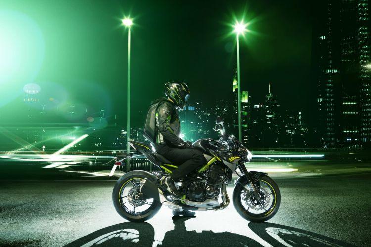 Kawasaki Z900 Hi Z900 Action 6