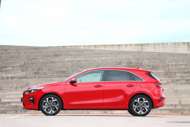 Kia Ceed 1 4 T Gdi 7 Dct Transmission 140hp Track Red 21