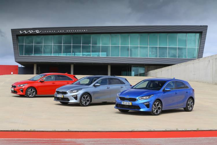 Kia Ceed Group Shot 5
