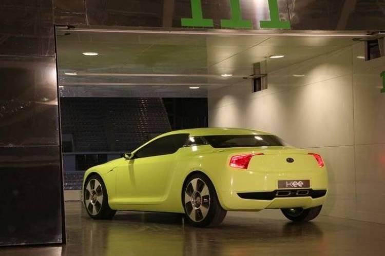 Kia llevará dos prototipos con motor V8 y tracción trasera a Frankfurt