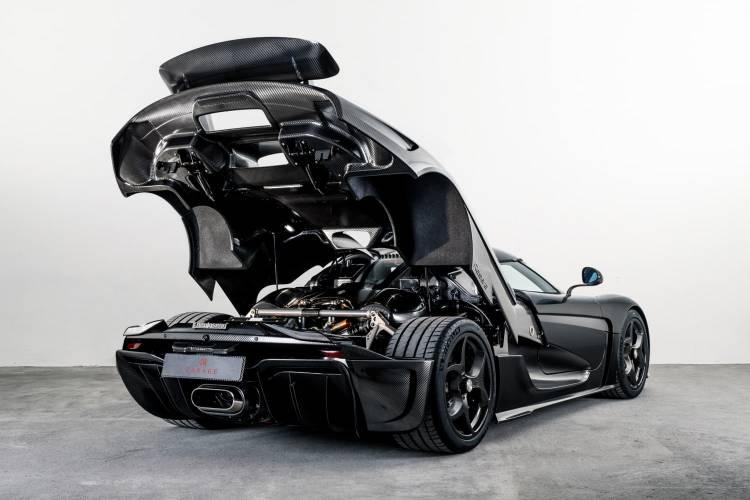 Koenigsegg Regera Naked Carbon 03