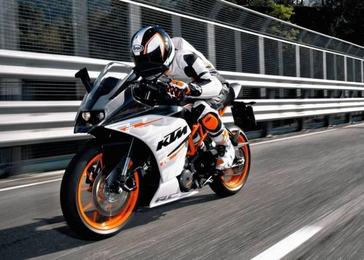 KTM RC390 2014, una deportiva asequible con mucho de Duke