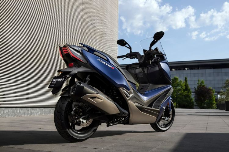 Kymco Xciting S 400 Ambiente Azul 11 57985