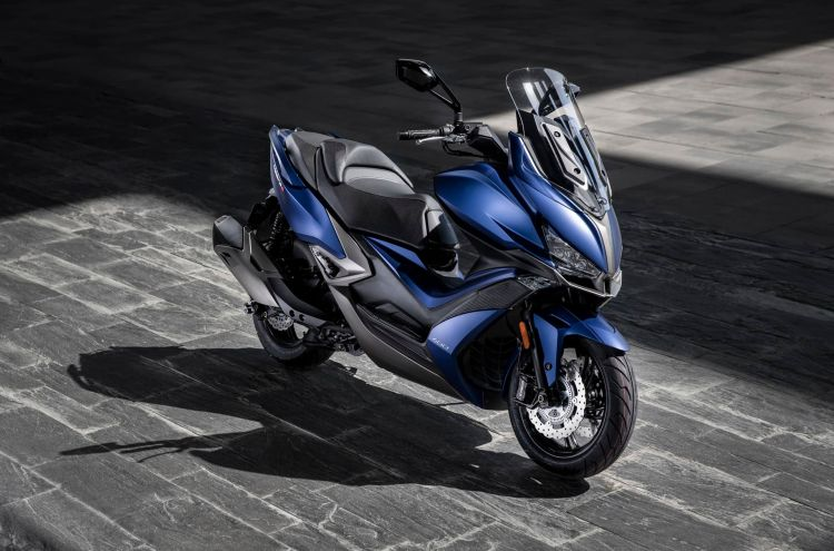 Kymco Xciting S 400 Ambiente Azul 8 24505