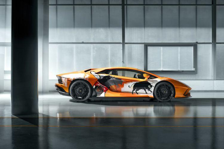 Lamborghini Aventador 10000 06