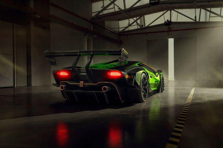Lamborghini Essenza Scv12 33