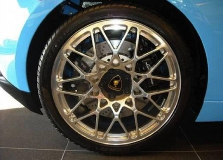 Paul Pascarella mezcla mar y mármol en el Lamborghini Gallardo LP560-4