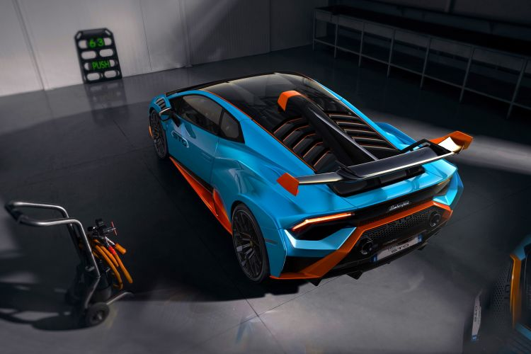 Lamborghini Huracan Sto 12