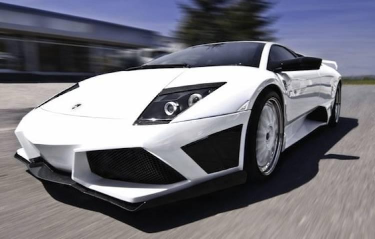 Lamborghini Murciélago LP640 por JB Car Design, imitando al Reventón
