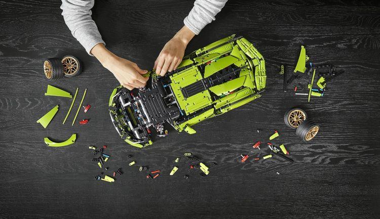 Lamborghini Sian Lego 7