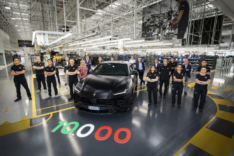 Lamborghini Urus 10000 Unidades 02