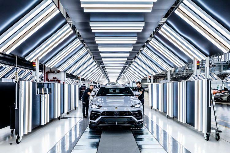 Lamborghini Urus 10000 Unidades 04