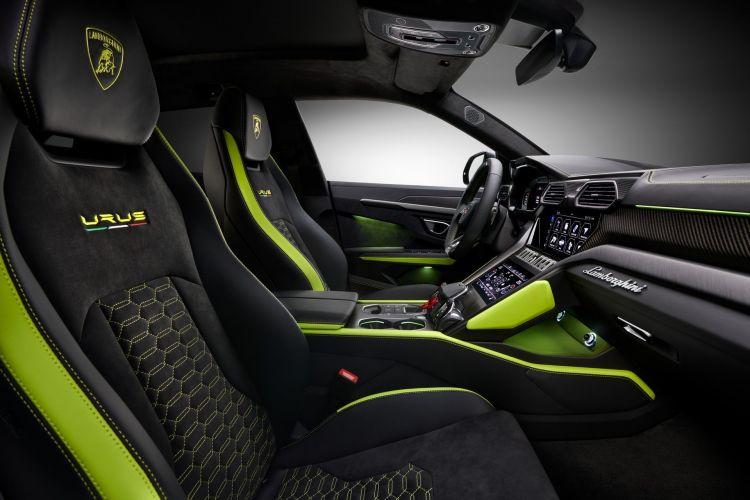 Lamborghini Urus 15000 Uds 3