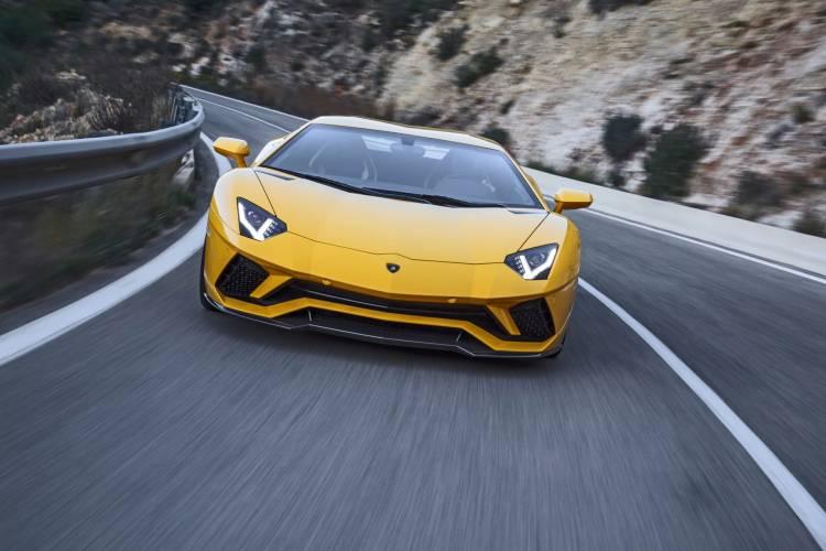 Lamborghini Aventador Informacion Dm11
