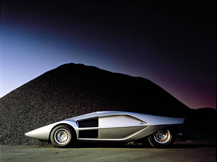 Lancia Stratos Zero 8