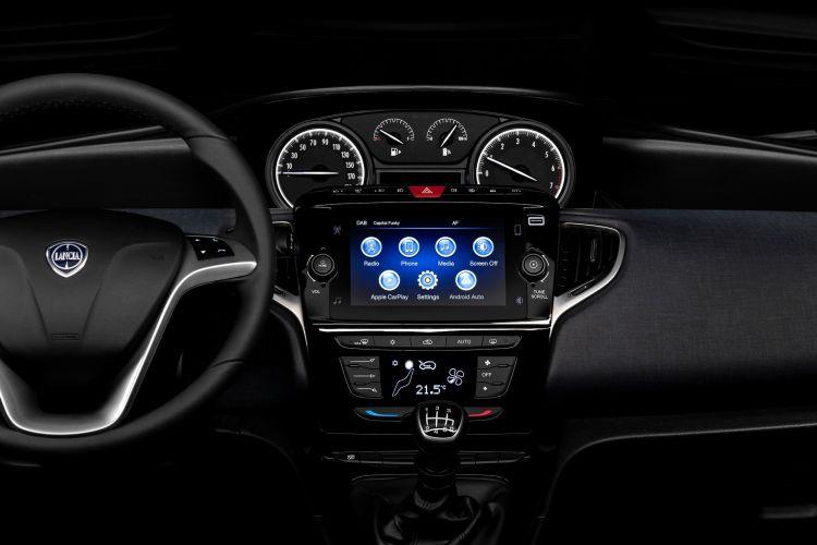 Lancia Ypsilon 2021 2 Interior