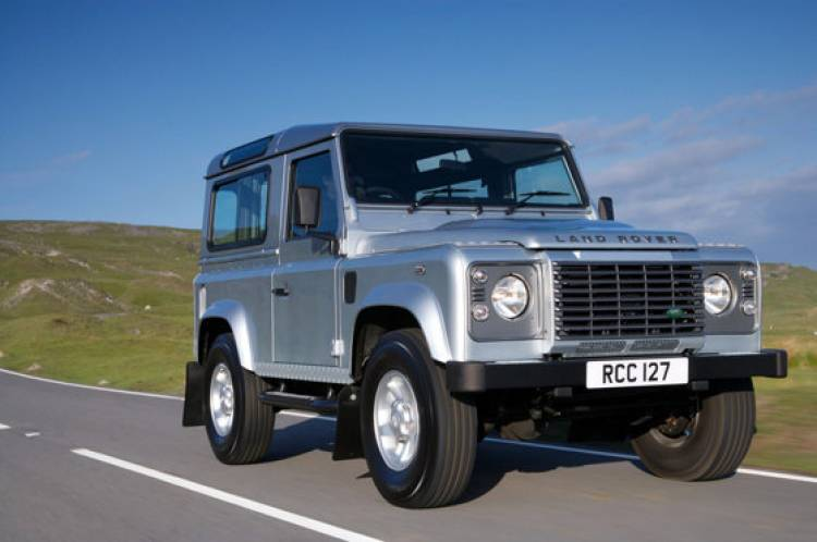 Land Rover Defender 2011