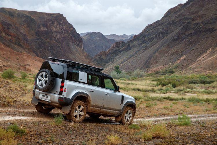 Land Rover Defender 2020 125