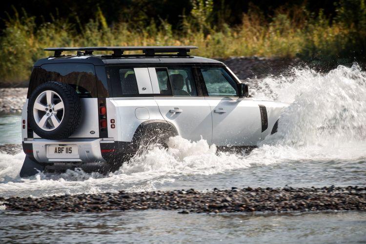 Land Rover Defender 2020 150