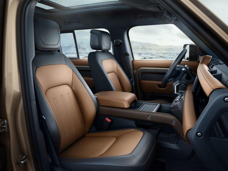 Land Rover Defender 2020 209