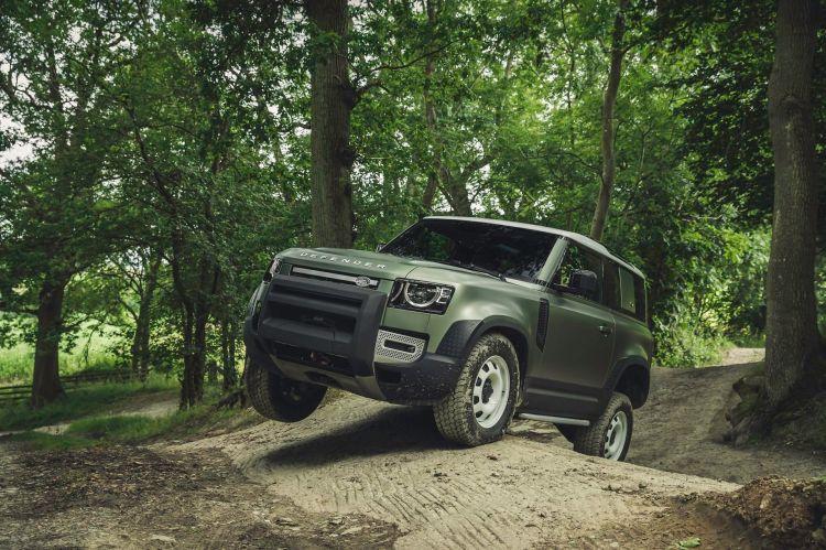 Land Rover Defender 2020 63