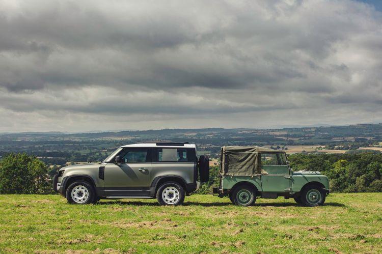Land Rover Defender 2020 74