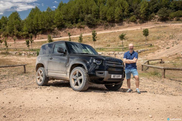 Land Rover Defender 90 V8 Portada